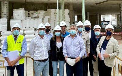 García Urbano visita las obras del Nuevo Ayuntamiento de Estepona, que ejecuta ACP